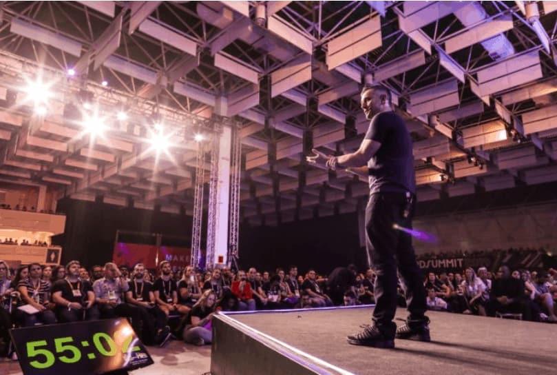 Gary Vaynerchuk no palco do evento